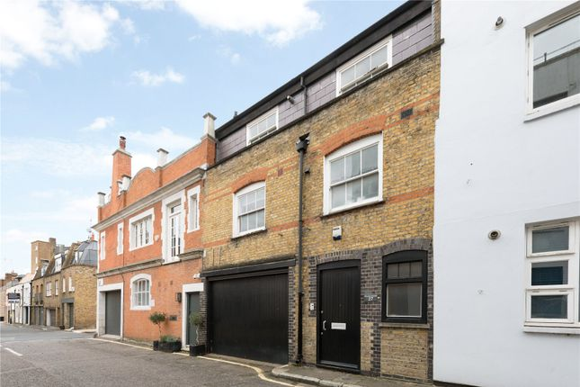 3 bed mews house for sale in Johns Mews, London WC1N