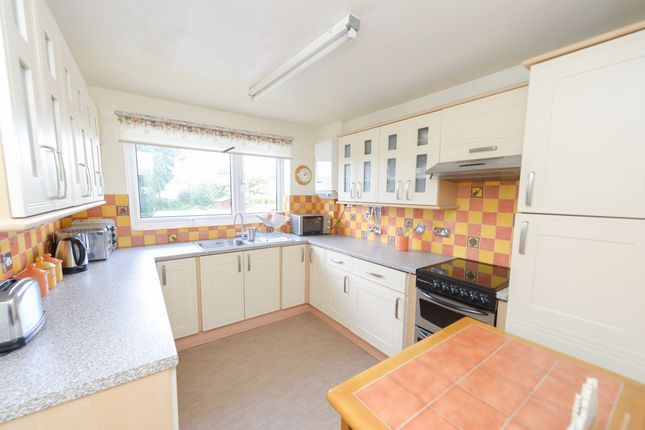 Thumbnail Flat for sale in Netherleigh Court, Brampton, Chesterfield