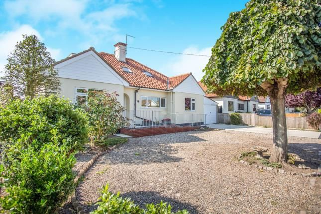 Thumbnail Bungalow for sale in Gorleston-On-Sea, Great Yarmouth, Norfolk