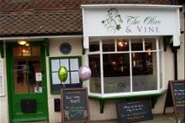 Thumbnail Restaurant/cafe for sale in Award Winning Restaurant GU29, West Sussex