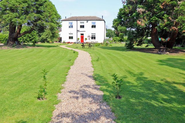 Thumbnail Farmhouse for sale in Newland, Epworth, Doncaster