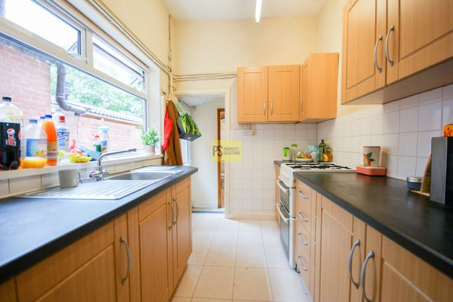 4 bed terraced house to rent in Alton Road, Birmingham B29