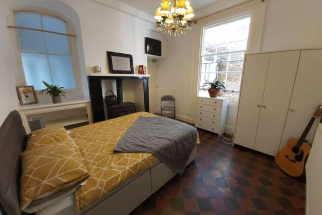 Thumbnail Property to rent in Market Square, Daventry