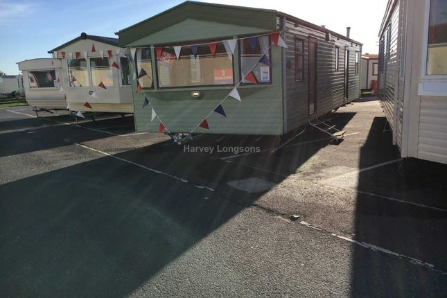 Thumbnail Mobile/park home for sale in St Osyth Beach Holiday Park, Beach Road, St Osyth, Clacton-On-Sea