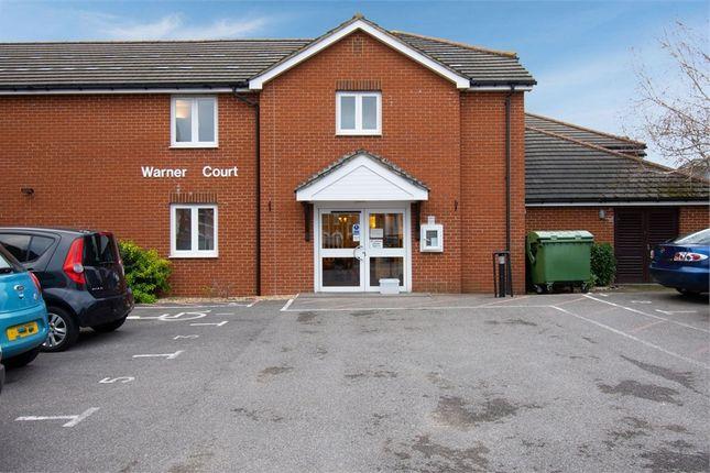 1 bed flat for sale in Yorktown Road, College Town, Sandhurst, Berkshire GU47