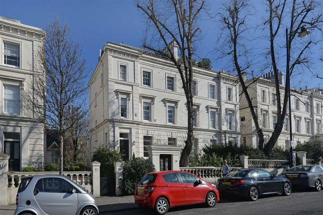 Thumbnail Flat for sale in Warwick Avenue, London