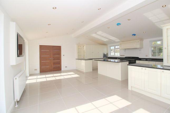 Thumbnail Property for sale in Kirdford Road, Wisborough Green, Billingshurst