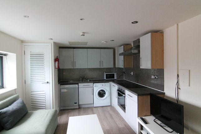 Thumbnail Flat to rent in Regent Terrace, Sheffield