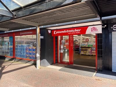 Thumbnail Retail premises to let in 27'-29 Queensway, Bletchley, Buckinghamshire