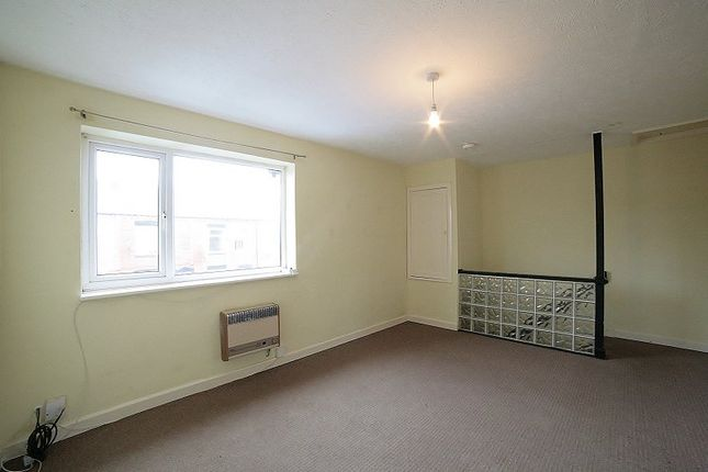 Thumbnail Flat to rent in Meldrum Street, Oldham