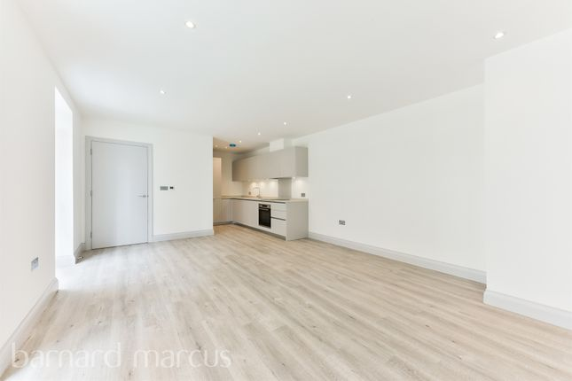 Thumbnail Flat for sale in The Luxury Collection, Devonhurst Place, London
