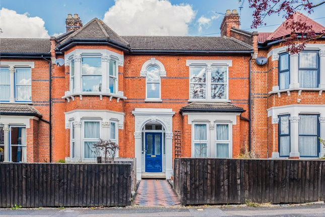 3 bed flat for sale in Forest Drive West, Upper Leytonstone E11