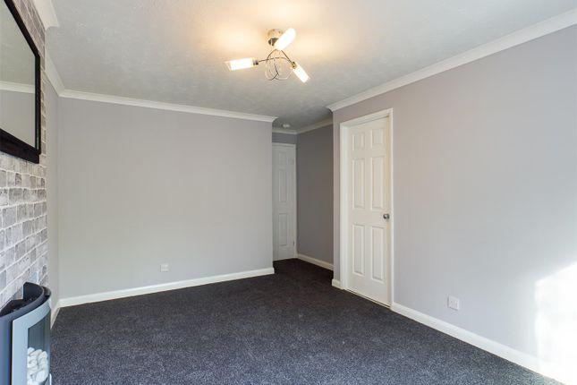 Living Room of Stravinsky Road, Basingstoke RG22