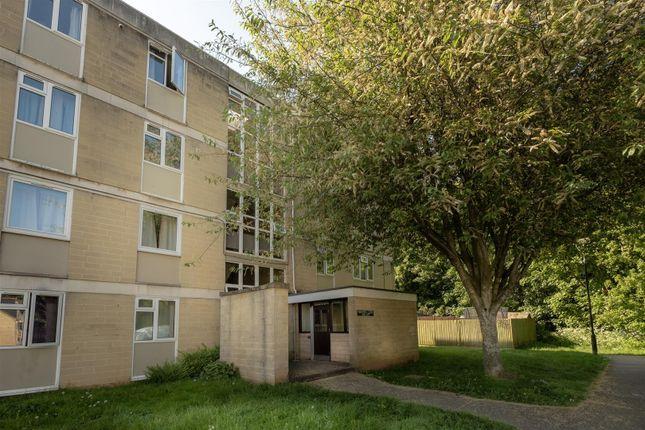 Thumbnail Flat to rent in Walwyn Close, Bath