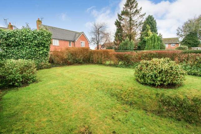 Property To Rent On Longcroft Road Dronfield