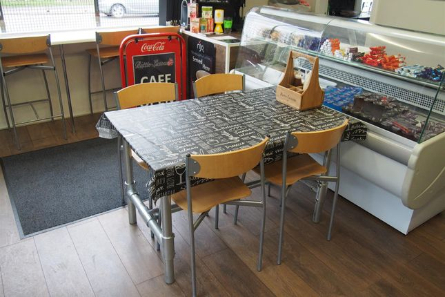 Photo 3 of Cafe & Sandwich Bars BD12, Low Moor, West Yorkshire