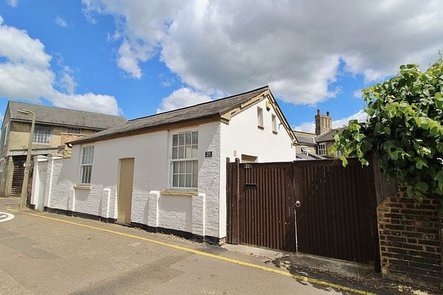 Thumbnail Detached bungalow to rent in Palace Street, Biggleswade