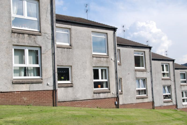 Thumbnail Flat to rent in Florence St Greenock Unfurnished, Greenock