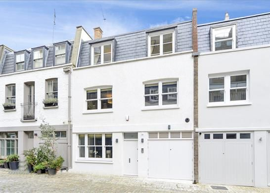 Thumbnail Property for sale in Leinster Mews, Bayswater, London