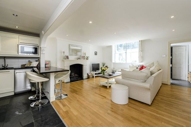 2 bed flat for sale in Palace Gardens Terrace, London