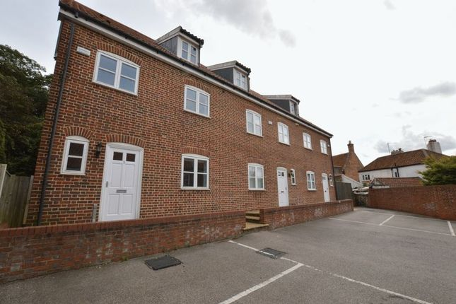 Thumbnail Terraced house for sale in High Street, Coltishall, Norwich