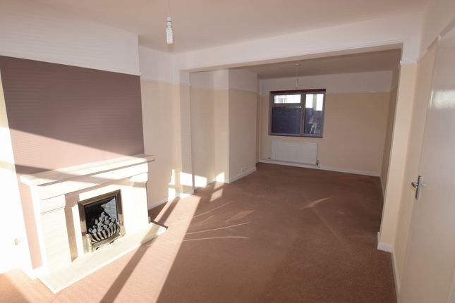 Living Room of Hyde Road, Eastbourne BN21