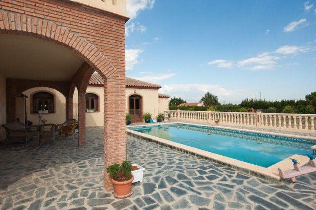 5 bed villa for sale in Spain, Málaga, Alhaurín De La Torre