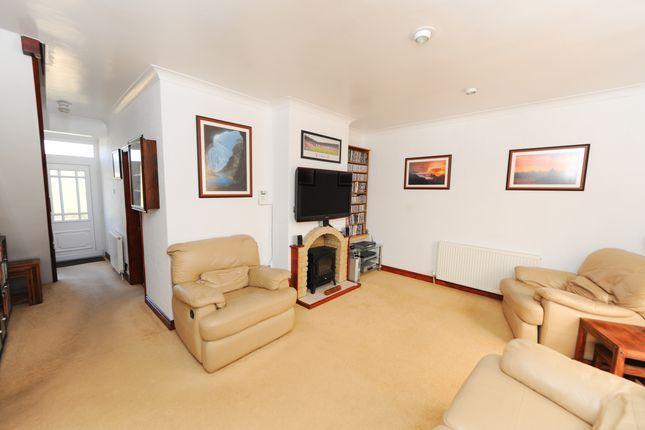 Living Room of Langer Lane, Chesterfield S40