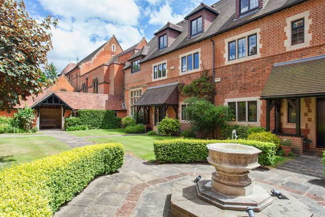 Thumbnail Mews house to rent in Oldfield Wood, Woking, Surrey