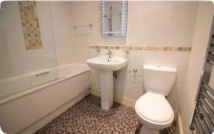 Sample Bathroom of York House, Upper Piccadilly, Bradford, West Yorkshire BD1
