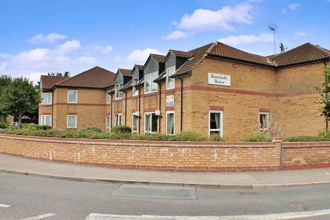 Thumbnail Property for sale in Church End Lane, Wickford