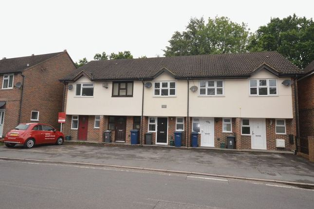 Thumbnail Terraced house to rent in Kings Road, Haslemere