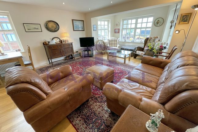 2 bed flat for sale in Chandlers Quay, Maldon, Essex CM9