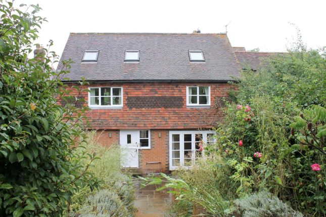 Thumbnail Flat to rent in Streele Cottages, Lordings Road, Billingshurst