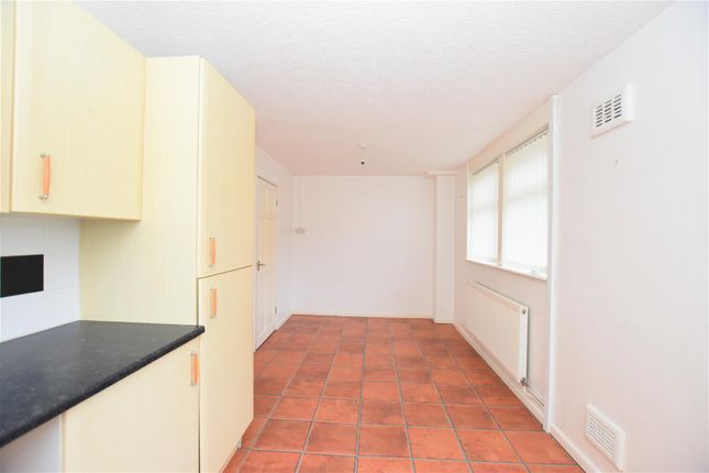 Kitchen Diner of Milton Drive, Worksop S81