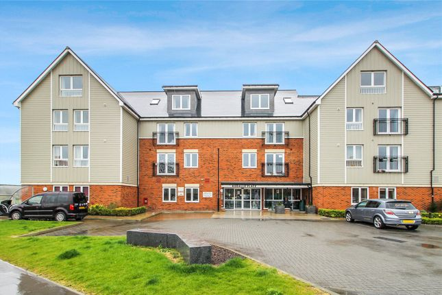 Thumbnail Flat for sale in Pilots View, Chatham