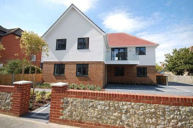 Thumbnail Flat for sale in Porters View, South Road, Hythe