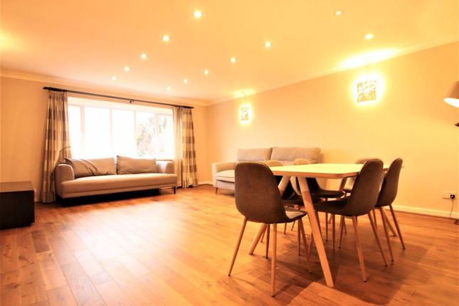 Thumbnail Flat to rent in Nether Street, London