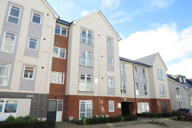 Thumbnail Flat for sale in Adams Close, Carters Quay, Poole