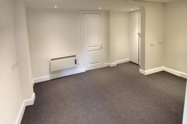 Thumbnail Office to let in 37B, Chipstead Valley Road, Coulsdon
