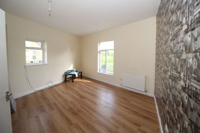 Thumbnail Studio to rent in Hyde Road, Manchester