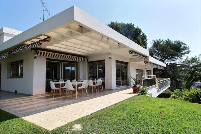 Thumbnail Property for sale in Cagnes-Sur-Mer, Provence-Alpes-Cote D'azur, 06800, France
