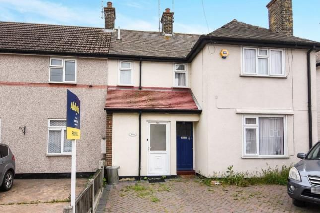 Thumbnail Maisonette for sale in Leigh-On-Sea, Essex