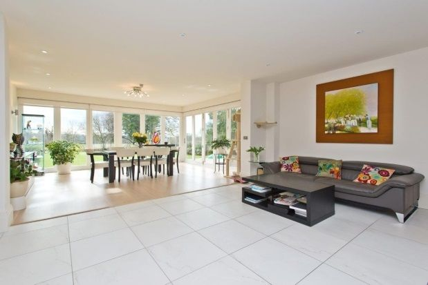 Thumbnail Property to rent in Leatherhead Road, Oxshott