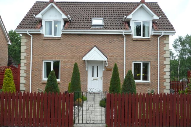 Thumbnail Detached house for sale in Victoria Road, Ladybank
