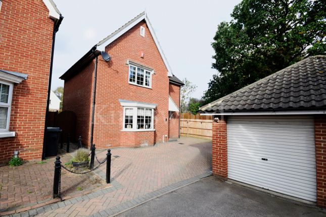 Thumbnail Detached house for sale in Regent Court, Basildon