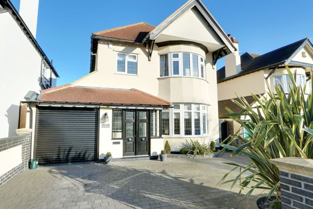 Thumbnail Detached house for sale in Hillway, Westcliff-On-Sea, Essex
