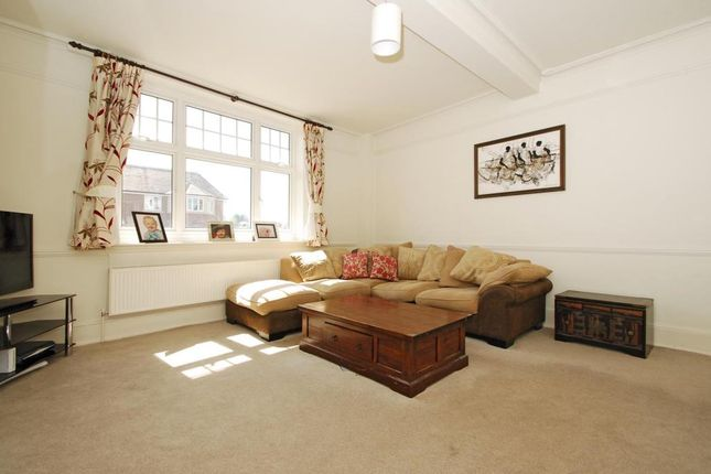Thumbnail Terraced house to rent in Station Road, Henley Town Centre