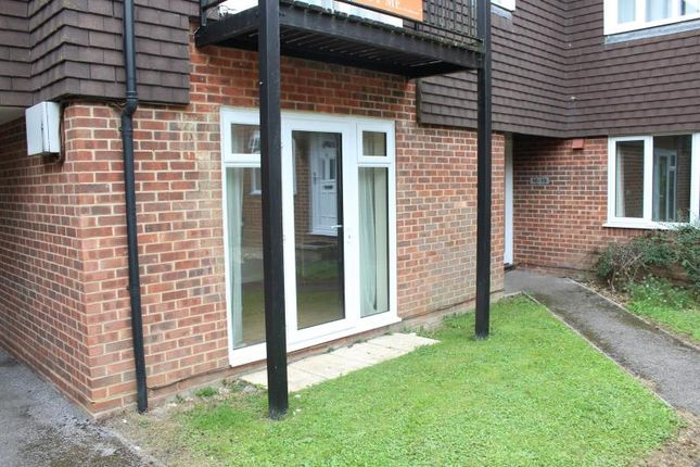 Thumbnail Studio to rent in Freemans Close, Hungerford, 0Qr.