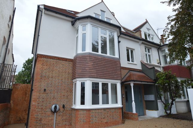 Thumbnail Flat to rent in Worple Road, West Wimbledon